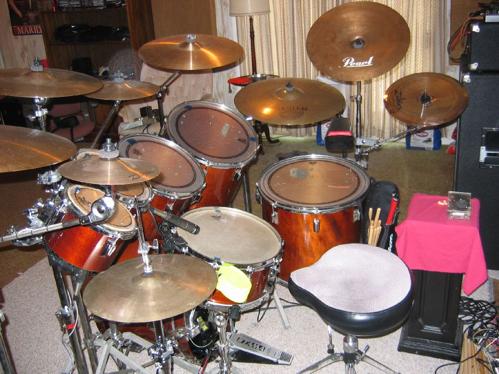 regis 39 s drum and percussion page. Black Bedroom Furniture Sets. Home Design Ideas