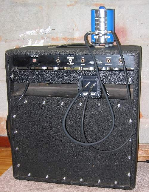 Can you use a combo amp and hook it up with a cabinet speaker