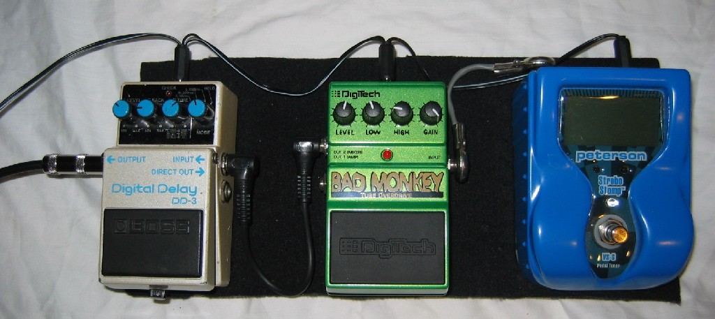 Regis's Pedalboard, 9V Power Supply, and Pedalsnake page